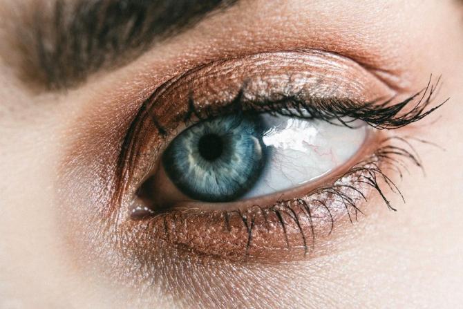 Vederea înceţoşată – Despre ochi