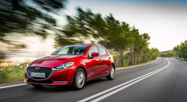 MINI – Automobile noi şi automobile rulate - Află mai multe despre automobilele MINI