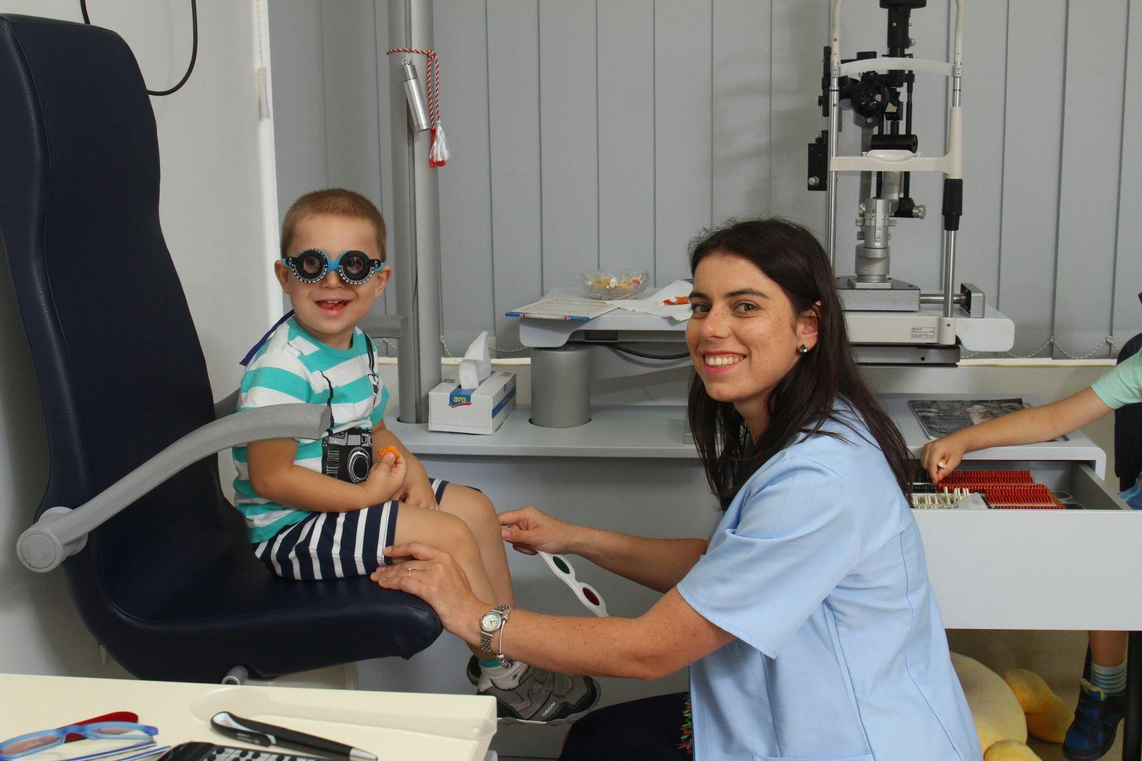 pediatrie oftalmologie istoric de caz vitamine pentru a îmbunătăți viziunea