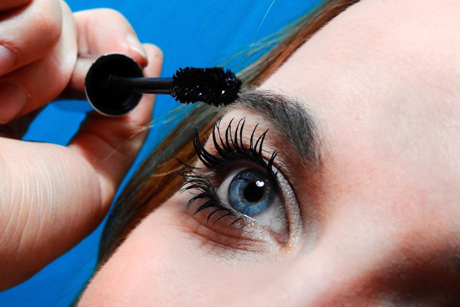 refacerea exercițiilor de vedere pentru ochii liliecilor)