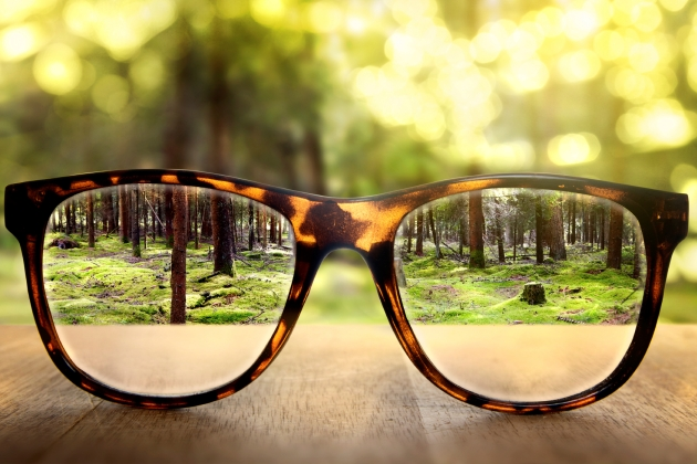 dacă se poate naște o vedere slabă pot fi concediați din cauza vederii slabe