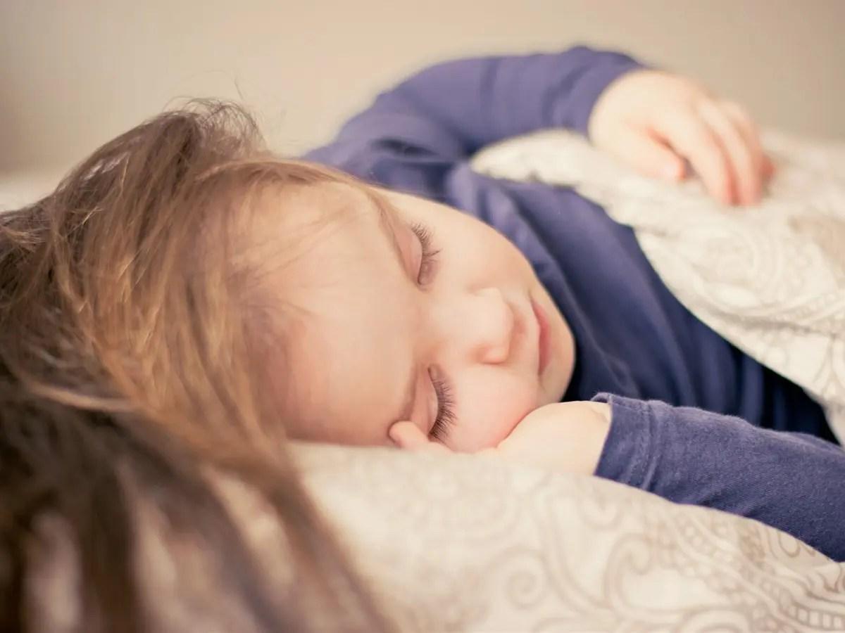 Lipsa somnului va poate afecta gandirea, eficienta la locul de munca si starea de spirit