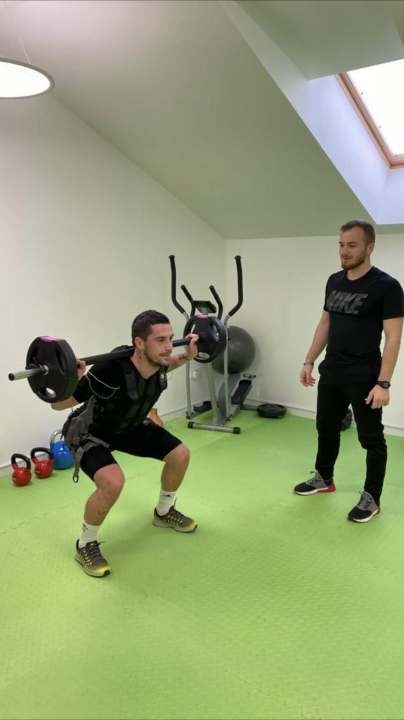 Brain gym (gimnastica creierului) – Exerciții de echilibrare a emisferelor cerebrale | PsihoCliniq