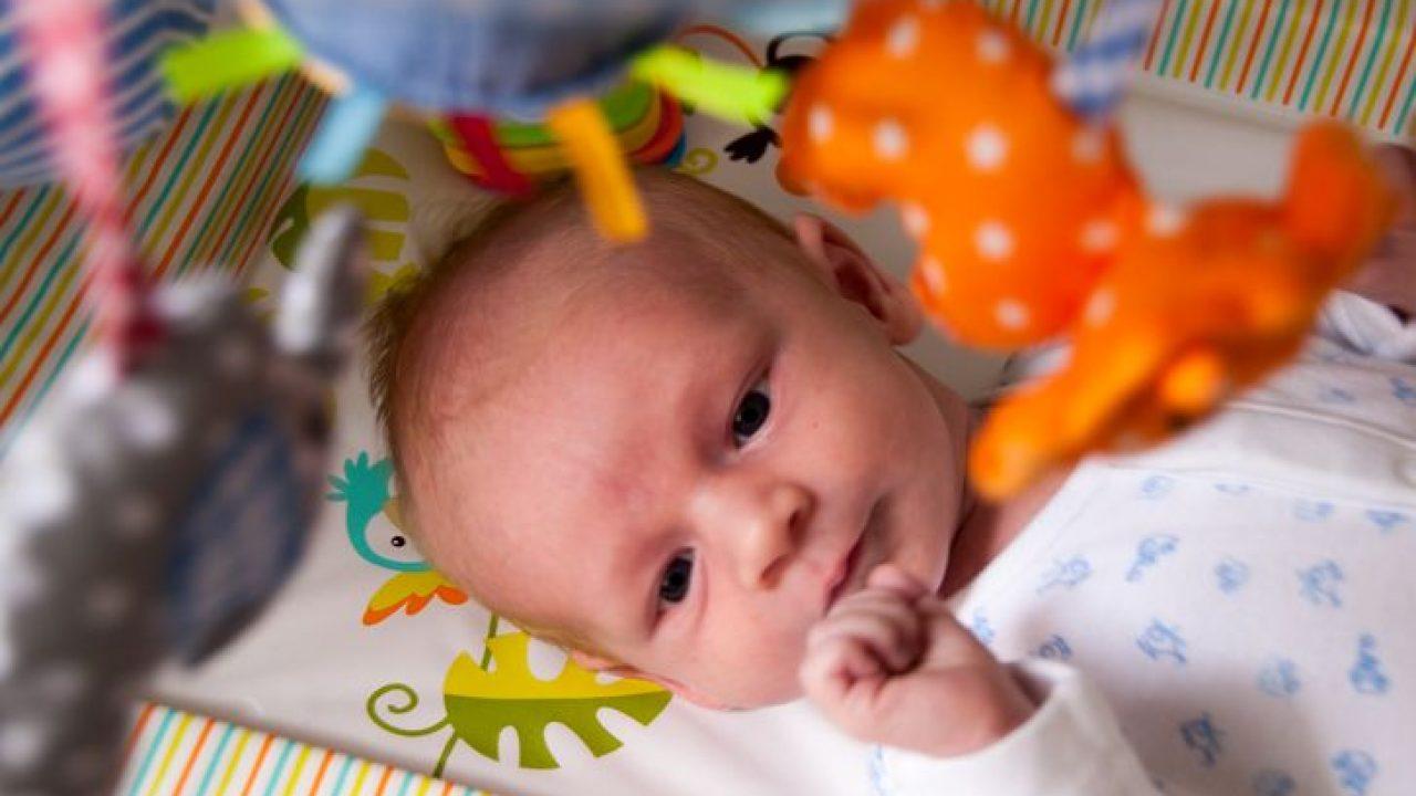 vederea bebelusului la 6 saptamani