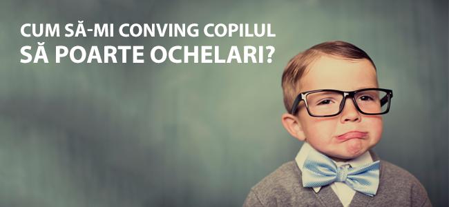 copiii își tratează ochii cu ochelari)