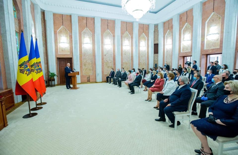 Dragoş Anastasiu: România are nevoie de viziune şi spirit antreprenorial
