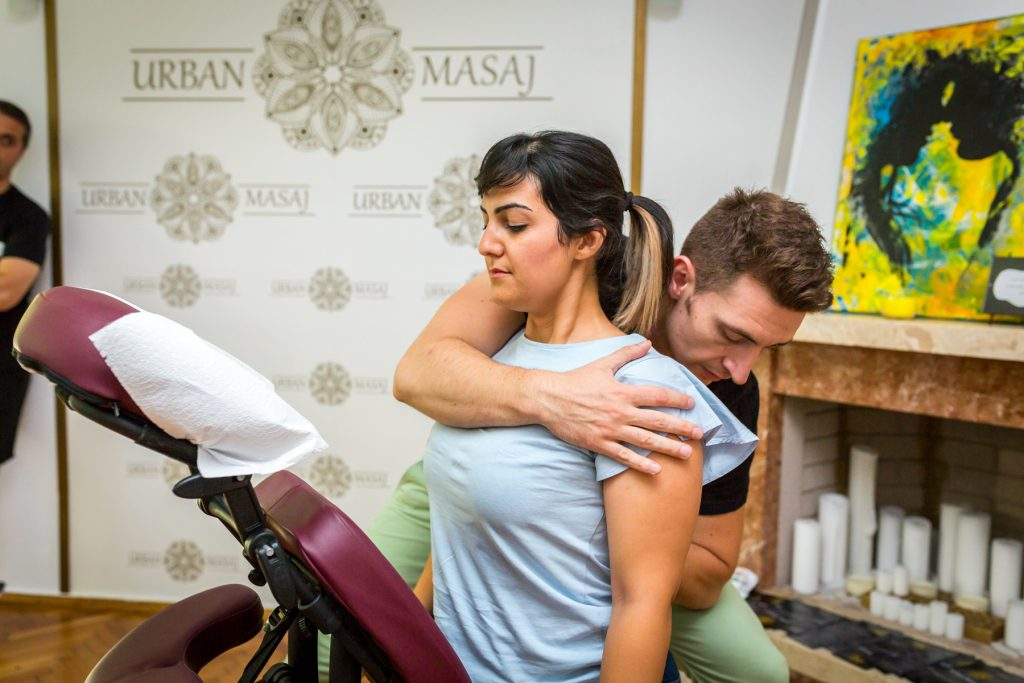 Învățarea tehnicii de masaj a ochilor în completarea punctelor de masaj - Viziune -