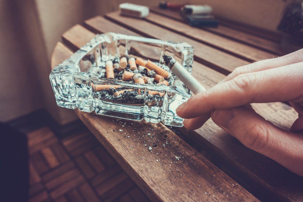 efectele fumatului asupra ochilor