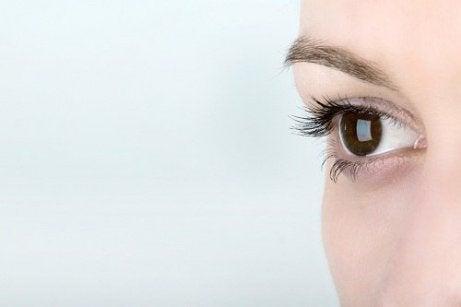antrenor ocular - îmbunătățirea vederii)