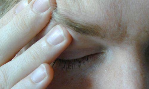 durerile de cap afectează vederea)