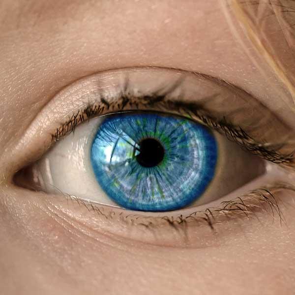 Sindromul de ochi uscat, o consecință a stilului de viață modern