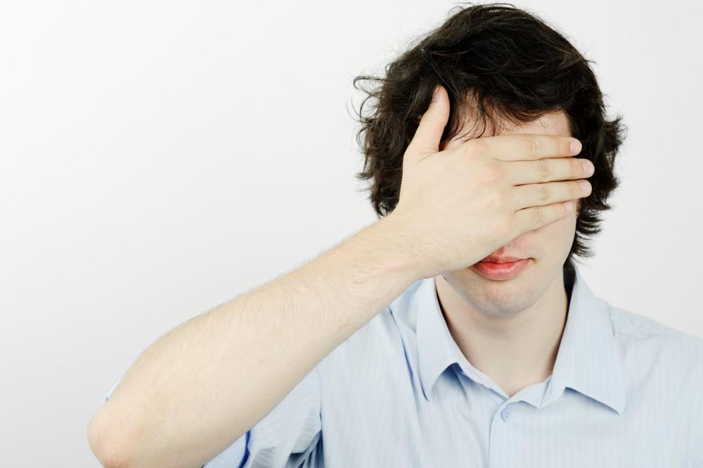 Pierderea tranzitorie a vederii de cauză neurologică (I)